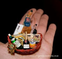 Tiny Ter Miniatures: Cestas navidad