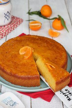 Pan di mandarini | ricetta torta morbida con clementine frullate nell'impasto Quiche, Cornbread, French Toast, Birthdays, Food And Drink, Menu, Cooking Recipes, Pudding, Tasty