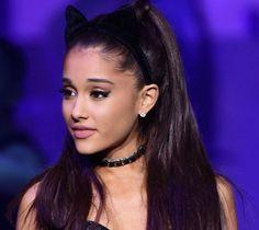 Media cola estilo Ariana Grande