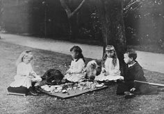 The children of The Duke and Duchess of Edinburgh, 1881 [in Portraits of Royal Children Vol.28 1881-1882] | Royal Collection Trust