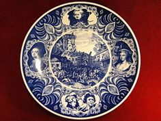 """98) Large vintage blue and white Dutch """"Delfts Blauw"""" wall charger with detailed Bastille scene Est. £15-£20"""