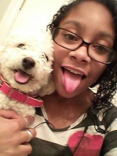 Thank you Pauline for sharing with The Poodle Patch Community...  and your little princesses, Jessica and Jada, are very cute in their selfie...
