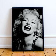 A belíssima Marilyn Monroe divando como sempre!!💄💋    #marilynmornroe #quadro #decoração #decoracao #quadrinhos #quadros #instadecor #instahome #home #dicasbh #lar #lardocelar #casa #instadicas #decor #pendure #bhdicas #studiopendure