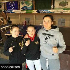 #Repost @sophiealisch ・・・ Team Fighterrella on tour #boxing#boxen#instafit#adidas#gym#trainharder#fitgirls#shredded#fight#ufc#mma#boxhaus#follow#flex#trx#training#outdoor#instagirls#trxtraining#shredd#fitspo#invictafc#boxgirls#gymlife#potd#girls#train#instafitness