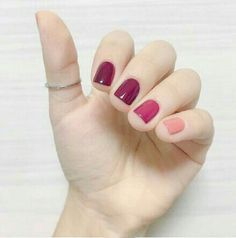 Maybe you have discovered your nails lack of some fashionable nail art? Sure, lately, many girls personalize their nails with lovely … Sns Nails Colors, Pink Nails, Pink Shellac, Nails Polish, Toe Nails, Gorgeous Nails, Pretty Nails, Uñas Fashion, Thanksgiving Nails