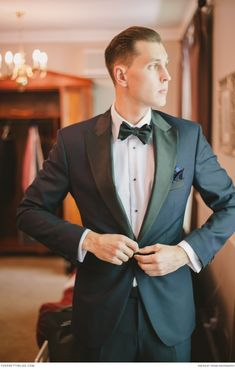 Classic suit by Hemsted Amsterdam | Real weddings | Photograph by  Piteira Photography