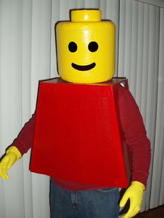 """Yesssss!!!  I was just wondering to myself tonight, """"How could I make a Lego guy head for a Halloween costume?"""""""