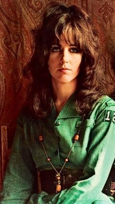 BONA DRAG LEADING LADY: Grace Slick