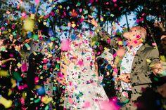 O casamento de hoje é lindo lindo lindo, com um jeitinho que o blog adora: cheio de personalidade, com releitura das tradições e atento a cada detalhe com aquela sofisticação focada na essência, que tanto admiramos! A Cora é uma leitora lá do Sul, da bela região vinícola de Bento Gonçalves. Adorei receber o email dela sugerindo que postássemos seu… Leia Mais +