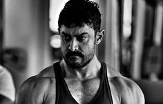 AAMIR KHAN REVEALS 'DANGAL' LOOK, PICTURE GARNERS HUGE APPRECIATION