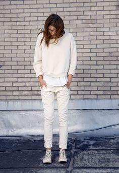 En total look white pour un effet éclatant.