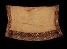 Kaitaka aronui/pätea (cloak) - Collections Online - Museum of New Zealand Te Papa Tongarewa Weaving Patterns, Textile Patterns, Maori People, Maori Designs, Maori Art, Cloak, Cross Stitch, Colours, Texture