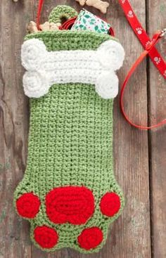 Free Dog Paws Christmas Stocking Crochet Patter. Easy.