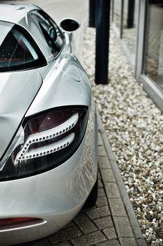 se7ensinz:  McLaren SLR