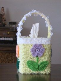 Crochet Lacy Floral Tissue Cover free pattern
