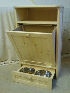 DOG AND CAT PET FEEDING STATION / FURNITURE