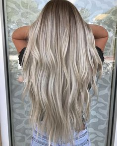 18 Glam Goddess Braids You Will Love Wearing for 2019 - Style My Hairs Ash Blonde Hair, Ombre Hair, Blonde Ombre, Blonde Balayage, Bleached Tips, Boliage Hair, Medium Hair Styles, Long Hair Styles, Dark Hair With Highlights