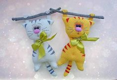 This cute and funny Amigurumi Cats Free Crochet Pattern captures in the most wonderful way the very essence of a cat personality! Crochet Gratis, Crochet Amigurumi, Amigurumi Doll, Amigurumi Patterns, Crochet Dolls, Crochet Cat Pattern, Love Crochet, Easy Crochet Patterns, Free Pattern