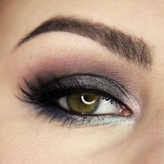 We're mesmerized by this twist on the classic smoky eye by aGwer. She uses Makeup Geek eyeshadows in Stealth, Pegasus (foiled) and Whimsical (foiled).