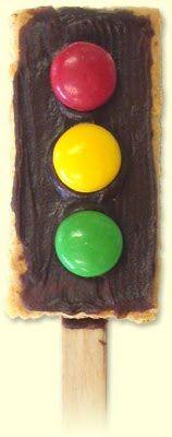 transportation theme snack - stop light (graham cracker, frosting, M's)