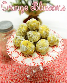 Delicious No-Bake Orange Blossoms! Bright and fresh bites for the holidays. #DIY #Food