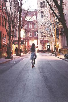 the west village. last weekend, i was walking down one of its brick streets lined with townhouses, and a slew of falling flowers from the trees was floating lightly in the soft light of the late afternoon. and i thought for a second, this must be heaven.