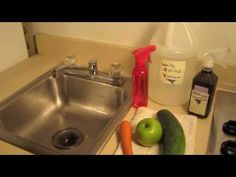 HOW TO MAKE  HOMEMADE VEGGIE WASH -- (Nontoxic and Cheap!)