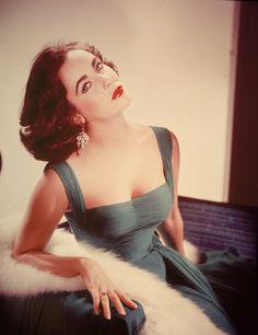 1950, Elizabeth Taylor