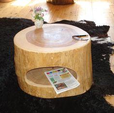 Baumstamm Tisch ausgehöhlt von Holzdesign Bohse auf DaWanda.com
