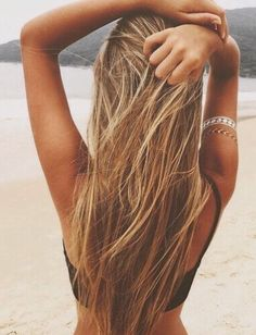 35 Best Beachy Hairstyles images   Hairstyle ideas, Plaits ... f851b194e4