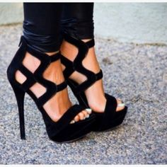 AMAZING strappy heels! #shoes
