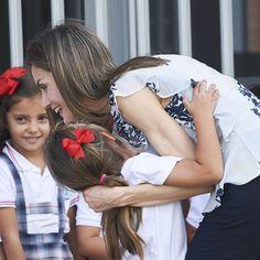 Letizia fait le bonheur de petits Andalous