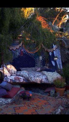 I want to sleep here