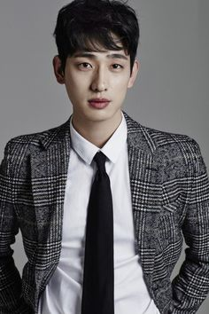 Yoon Park (윤박) - Picture @ HanCinema :: The Korean Movie and Drama Database Park Pictures, Park Photos, Dramas, Yoon Park, Face M, Wallpaper Naruto Shippuden, Most Beautiful Faces, Creative Portraits, Perfect Man
