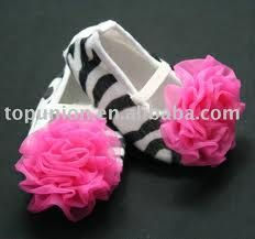 Love these little girl shoes!