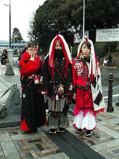 Harajuku | red black & white