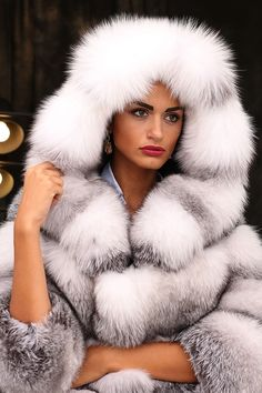 PELZ PELZMANTEL JACKE FASHION FUCHS MANTEL FUR COAT FOX VOLPE RENARD лиса шуба in Kleidung & Accessoires, Damenmode, Jacken & Mäntel | eBay!