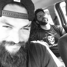 J kills selfies #jasonmomoa #selfie