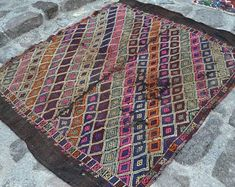 Precious Vintage Rugs From Turkey / Anatolia by antiquerugart Boho Decor, Bohemian Rug, Aztec Rug, Hotel Decor, Hand Knotted Rugs, Kilim Rugs, Vintage Rugs, Diy Home Decor, Neutral Rug