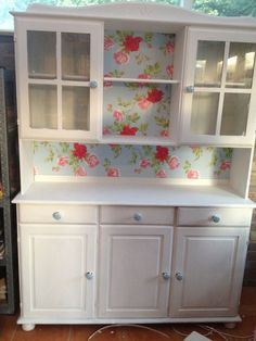 Creative Shabby Chic Design with Welsh Dresser - Shabby Chic Kitchen, Shabby Chic Style, Shabby Chic Homes, Shabby Chic Decor, Thrift Store Furniture, Upcycled Furniture, Shabby Chic Furniture, Shabby Chic Welsh Dresser, Cabinet Furniture