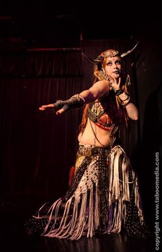 Dusty Paik and her amazing horns, tribal fusion bellydance