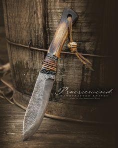 Blacksmithing Knives, Bushcraft Knives, Cool Knives, Knives And Swords, Knife Making Tools, Diy Knife, Knife Patterns, Hand Forged Knife, Damascus Knife