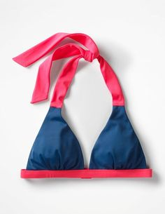 Ready for some poolside relaxing? This ultra-flattering halterneck bikini top certainly is. With lightly padded fixed cups and a supportive band, it'll stay put should you decide to show off your diving skills. Choose from a range of colours to match (and mix) with our bikini bottom range. #style#swimsuit#womensfashion