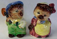 Vintage Tiggy-Winkle from Peter Rabbit Nursery Rhyme Salt&Pepper-1960s PY  Japan