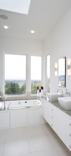 White clean modern bathroom.