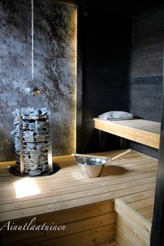 People have been enjoying the benefits of saunas for centuries. Spending just a short while relaxing in a sauna can help you destress, invigorate your skin Sauna Design, Home Gym Design, House Design, Garden Design, Modern Saunas, Sauna A Vapor, Piscina Spa, Sauna Seca, Portable Sauna