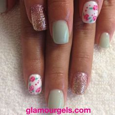Love Cool Mint with a pop or floral! #floral #cosmetologist #notd #nailart #instabeauty #glamourgels