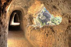 10 lugares increíbles en la Comunidad Valenciana cargados de historia, leyendas y de encanto.
