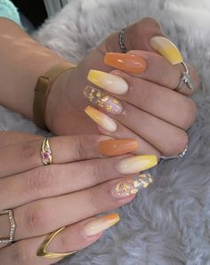 #vernisàongles #manucure #ongles #onglegel #ongletendances #onglesacryliques #vernissemipermanentongles #vernisautomne2019 #vernispieds #manucureautomne #manucuremariage #manucuretendance #manucurerouge #onglestendance Vernis Semi Permanent, Nail Art, Nails, Inspiration, Acrylic Nails, Nail Ideas, Red Manicure, Trendy Nails, Gel Nails