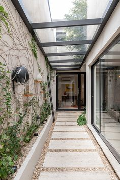 Home Room Design, Small House Design, Modern House Design, Modern House Facades, Future House, Indoor Courtyard, Small Courtyard Gardens, House Extension Design, Rooftop Design